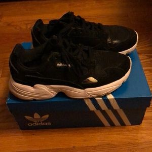 Black/White Adidas Falcon Sneaker